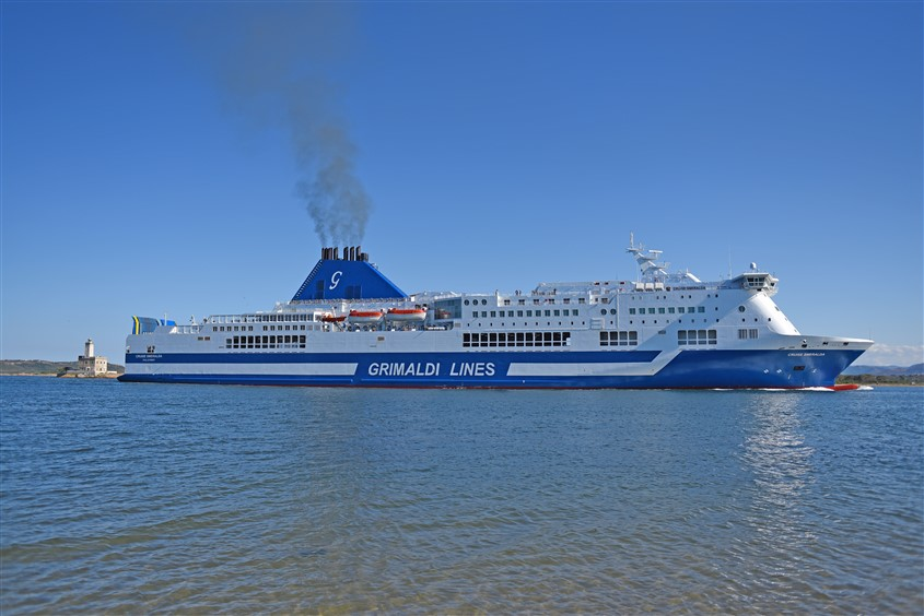 cruise_smeralda_at_sea_05